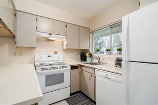 """Photo 7: 7207 CELISTA Drive in Vancouver: Champlain Heights Townhouse for sale in """"Meadows"""" (Vancouver East)  : MLS®# R2337441"""