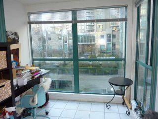 "Photo 10: 501 939 HOMER Street in Vancouver: Yaletown Condo for sale in ""THE PINNACLE"" (Vancouver West)  : MLS®# R2342375"