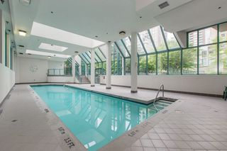 "Photo 19: 501 939 HOMER Street in Vancouver: Yaletown Condo for sale in ""THE PINNACLE"" (Vancouver West)  : MLS®# R2342375"