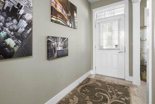 Photo 3: 6104 STINSON Way in Edmonton: Zone 14 House for sale : MLS®# E4144616