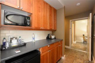 Photo 22: 206/208 1376 Lynburne Place in VICTORIA: La Bear Mountain Condo Apartment for sale (Langford)  : MLS®# 405958