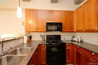 Photo 23: 206/208 1376 Lynburne Place in VICTORIA: La Bear Mountain Condo Apartment for sale (Langford)  : MLS®# 405958