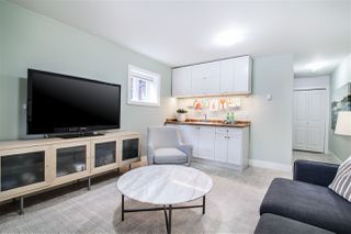 "Photo 12: 1586 E 11TH Avenue in Vancouver: Grandview VE House 1/2 Duplex for sale in ""THE DRIVE"" (Vancouver East)  : MLS®# R2343494"