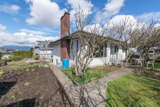 Main Photo: 2827 E 27TH Avenue in Vancouver: Renfrew Heights House for sale (Vancouver East)  : MLS®# R2358502
