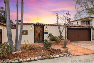 Photo 1: UNIVERSITY HEIGHTS House for sale : 2 bedrooms : 4650 HARVEY RD in San Diego