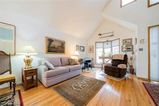 Photo 2: 307 Scotia Street in Winnipeg: Scotia Heights Residential for sale (4D)  : MLS®# 1911900