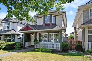 "Photo 2: 14866 58 Avenue in Surrey: Sullivan Station House for sale in ""Panorama Village"" : MLS®# R2377966"