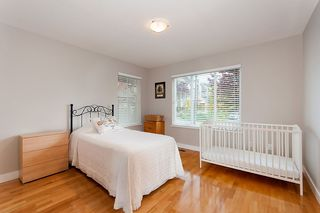 "Photo 17: 43 MAPLE Drive in Port Moody: Heritage Woods PM House for sale in ""AUGUST VIEWS"" : MLS®# R2382036"