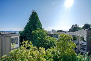 """Photo 8: 302 1255 BEST Street: White Rock Condo for sale in """"The Ambassador"""" (South Surrey White Rock)  : MLS®# R2396491"""