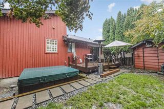 Photo 18: 2943 KEETS Drive in Coquitlam: Ranch Park House for sale : MLS®# R2413200