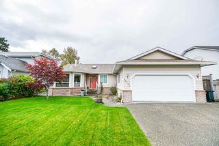 Photo 1: 12153 BONSON Road in Pitt Meadows: Mid Meadows House for sale : MLS®# R2414108