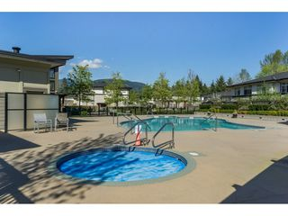"Photo 16: 1807 3102 WINDSOR Gate in Coquitlam: New Horizons Condo for sale in ""CELADON"" : MLS®# R2419088"