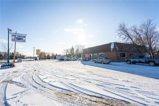 Photo 3: 195 Beach Road in Teulon: Industrial / Commercial / Investment for sale (R19)  : MLS®# 1931601