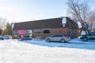 Photo 2: 195 Beach Road in Teulon: Industrial / Commercial / Investment for sale (R19)  : MLS®# 1931601
