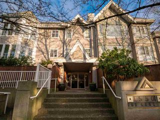 "Photo 15: 103 1550 FELL Avenue in North Vancouver: Mosquito Creek Condo for sale in ""THE GABLES"" : MLS®# R2436052"
