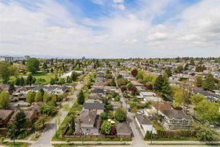 Photo 2: 1701 8031 NUNAVUT Lane in Vancouver: Marpole Condo for sale (Vancouver West)  : MLS®# R2453613