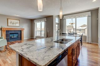 Photo 8: 52 ST Moritz Terrace SW in Calgary: Springbank Hill Detached for sale : MLS®# C4300408