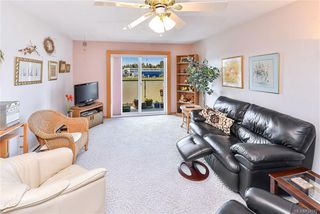 Photo 3: 305 848 Esquimalt Rd in Esquimalt: Es Old Esquimalt Condo for sale : MLS®# 834042