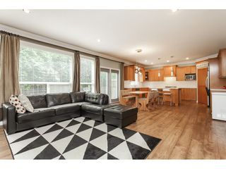 "Photo 10: 21690 89 Avenue in Langley: Walnut Grove House for sale in ""Madison Park"" : MLS®# R2485979"