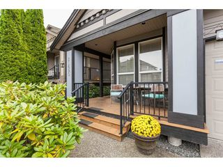 "Photo 2: 21690 89 Avenue in Langley: Walnut Grove House for sale in ""Madison Park"" : MLS®# R2485979"
