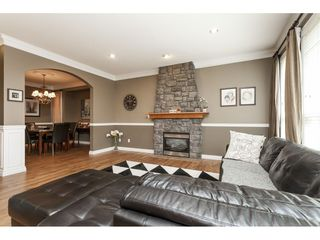 "Photo 9: 21690 89 Avenue in Langley: Walnut Grove House for sale in ""Madison Park"" : MLS®# R2485979"