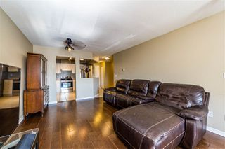 """Photo 8: 401 5765 GLOVER Road in Langley: Langley City Condo for sale in """"College Court"""" : MLS®# R2493254"""
