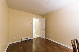 """Photo 18: 401 5765 GLOVER Road in Langley: Langley City Condo for sale in """"College Court"""" : MLS®# R2493254"""