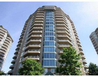 "Photo 1: 404 1235 QUAYSIDE DR in New Westminster: Quay Condo for sale in ""THE RIVIERA"" : MLS®# V567170"