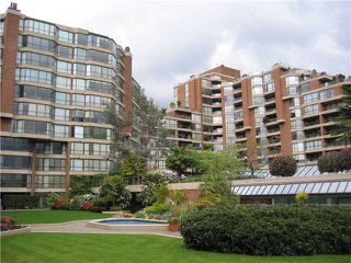"Photo 3: 204 1490 PENNYFARTHING Drive in Vancouver: False Creek Condo for sale in ""HARBOUR COVE"" (Vancouver West)  : MLS®# V872737"