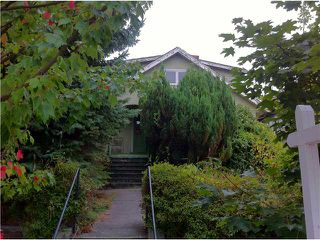 Photo 2: 1995 WHYTE Avenue in Vancouver: Kitsilano House for sale (Vancouver West)  : MLS®# V910353