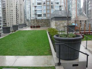 Photo 7: 714 1088 RICHARDS Street in Vancouver: Yaletown Condo for sale (Vancouver West)  : MLS®# V990147