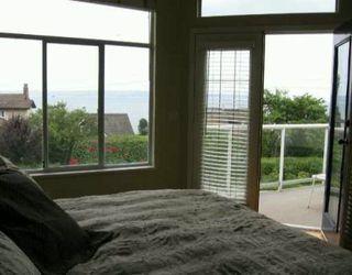 """Photo 4: 2333 BELLEVUE AV in West Vancouver: Dundarave House 1/2 Duplex for sale in """"DUNDARAVE"""" : MLS®# V600074"""
