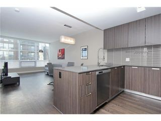 Photo 3: 910 626 14 Avenue SW in : Connaught Condo for sale (Calgary)  : MLS®# C3616885