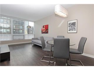Photo 4: 910 626 14 Avenue SW in : Connaught Condo for sale (Calgary)  : MLS®# C3616885