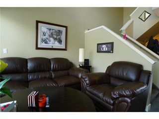 Photo 7: 7 210 VILLAGE Terrace SW in CALGARY: Prominence_Patterson Condo for sale (Calgary)  : MLS®# C3618680