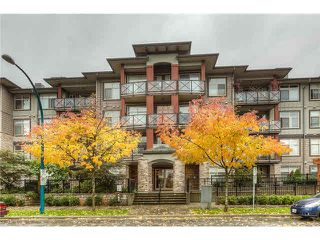 Main Photo: 110 2336 WHYTE Avenue in Port Coquitlam: Central Pt Coquitlam Condo for sale : MLS®# V1090062