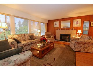 Photo 3: 1400 CAMBRIDGE Drive in Coquitlam: Central Coquitlam House for sale : MLS®# V1095156