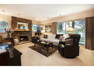 """Photo 1: 101 325 W 3RD Street in North Vancouver: Lower Lonsdale Condo for sale in """"HARBOURVIEW"""" : MLS®# V1110069"""