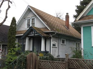 Main Photo: 2124 PRINCE EDWARD Street in Vancouver: Mount Pleasant VE House for sale (Vancouver East)  : MLS®# V1110928