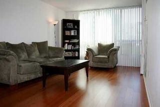 Photo 2: 3 750 Bay Street in Toronto: Bay Street Corridor Condo for lease (Toronto C01)  : MLS®# C3148721