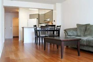 Photo 3: 3 750 Bay Street in Toronto: Bay Street Corridor Condo for lease (Toronto C01)  : MLS®# C3148721