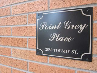 Photo 2: 404 2580 TOLMIE Street in Vancouver: Point Grey Condo for sale (Vancouver West)  : MLS®# V1113434