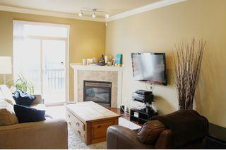 "Photo 3: 30 9688 KEEFER Avenue in Richmond: McLennan North Townhouse for sale in ""CHELSEA ESTATES"" : MLS®# R2027876"