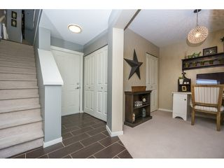 "Photo 3: 77 18983 72A Avenue in Surrey: Clayton Townhouse for sale in ""KEW"" (Cloverdale)  : MLS®# R2034361"