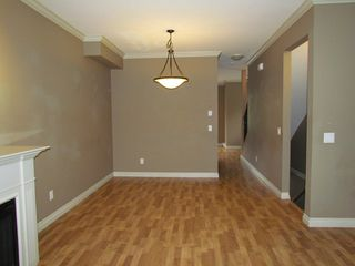 "Photo 6: 20 33321 GEORGE FERGUSON Way in Abbotsford: Central Abbotsford Townhouse for sale in ""Cedar Lane"" : MLS®# R2034080"