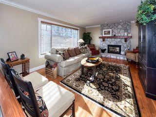 "Photo 3: 5457 4A Avenue in Delta: Pebble Hill House for sale in ""PEBBLE HILL"" (Tsawwassen)  : MLS®# R2038594"