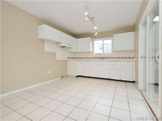 Photo 9: 130 984 Dunford Ave in VICTORIA: La Langford Proper Row/Townhouse for sale (Langford)  : MLS®# 723552