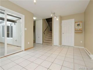 Photo 10: 130 984 Dunford Ave in VICTORIA: La Langford Proper Row/Townhouse for sale (Langford)  : MLS®# 723552