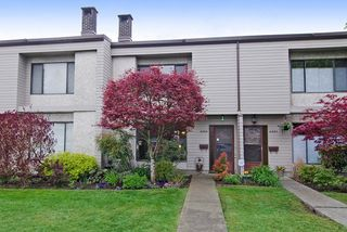 Photo 1: 3383 SEFTON Street in Port Coquitlam: Glenwood PQ Townhouse for sale : MLS®# R2055895