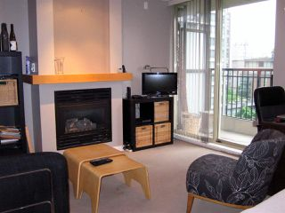 "Photo 2: 701 989 RICHARDS Street in Vancouver: Downtown VW Condo for sale in ""MONDRIAN"" (Vancouver West)  : MLS®# R2061790"